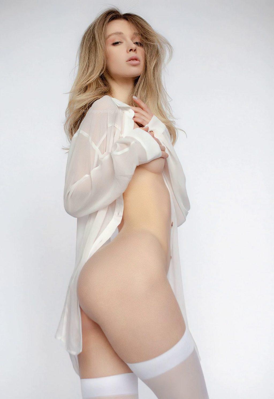 Nackt Anna Aksyuk  ♥ Goolgirls
