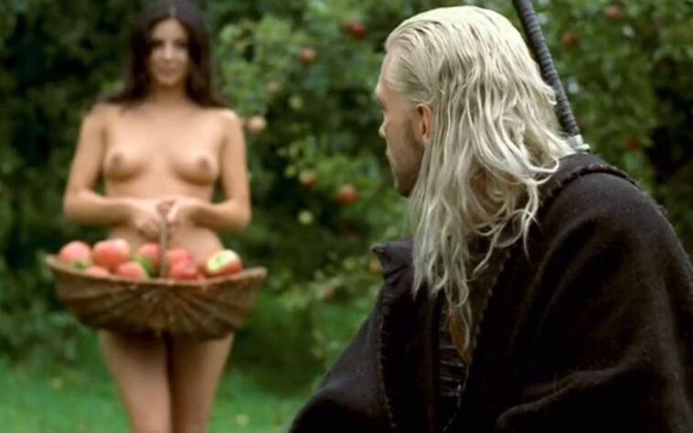 Anya nude