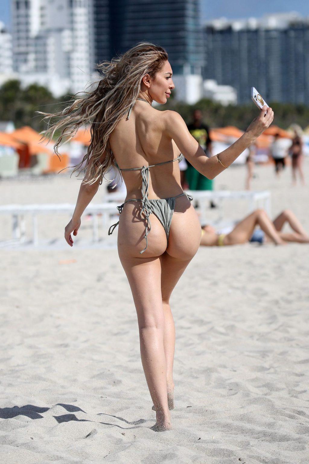 Farrah Abraham Braves The Waves In Miami (81 Photos
