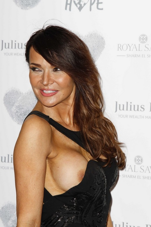 Lizzie-Cundy-Topless