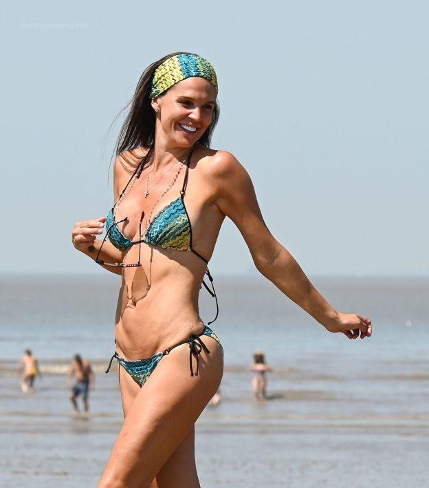 Danielle Lloyd Sexy Bikini After Self Isolation