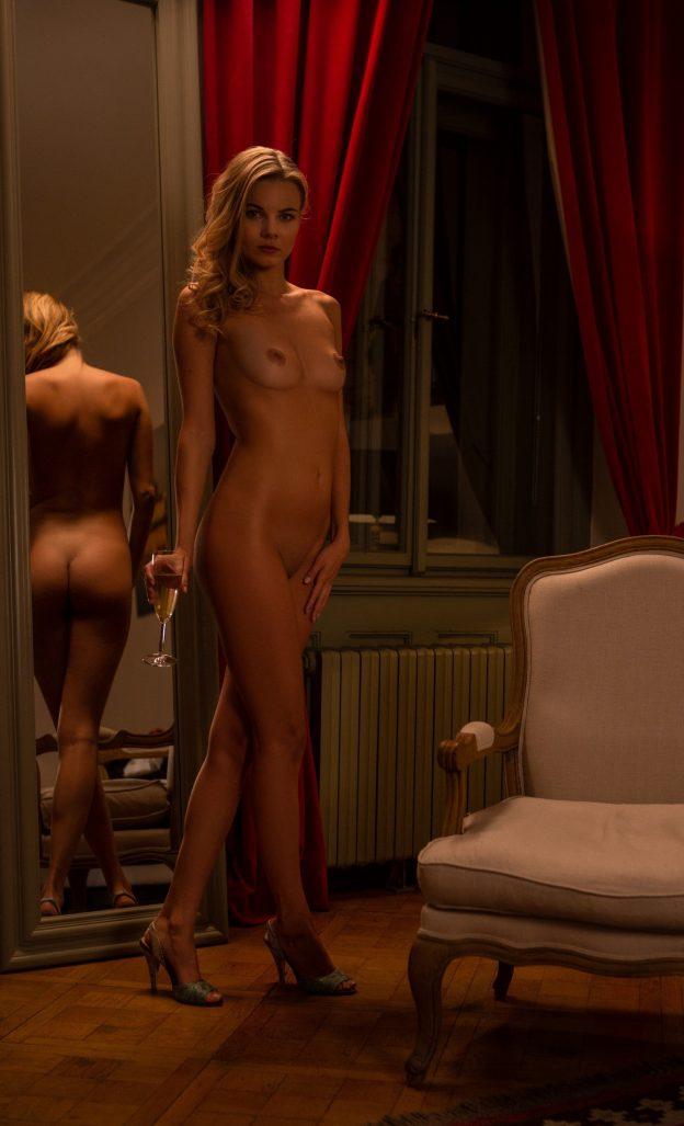 Kate Jones Nude