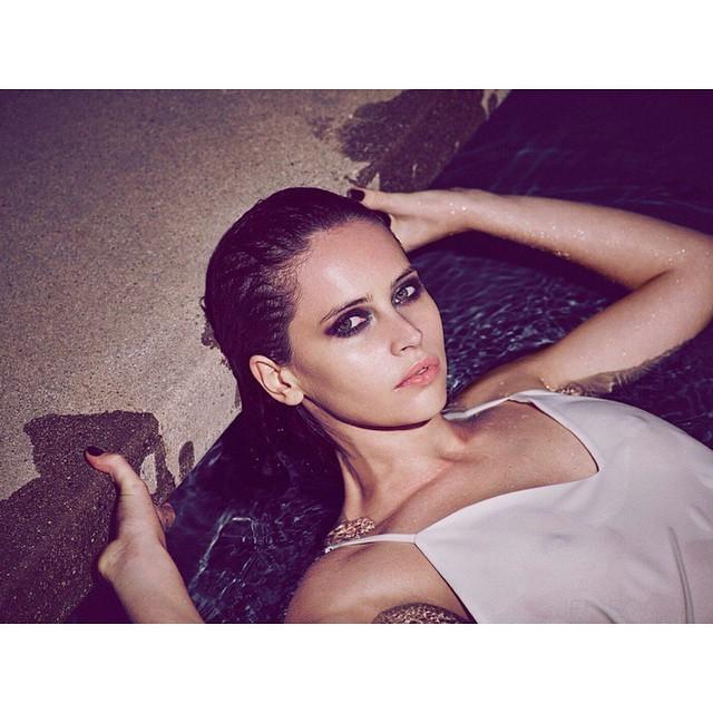 felicity-jones-jyn-erso-nude-sexy-6
