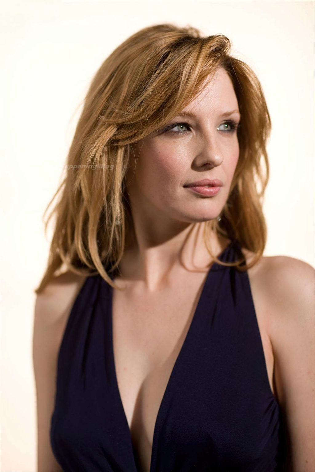 Nude kelly reilly Kelly Reilly
