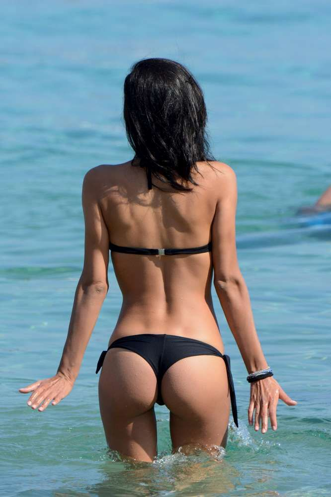 Federica-Nargi-in-Bikini-12