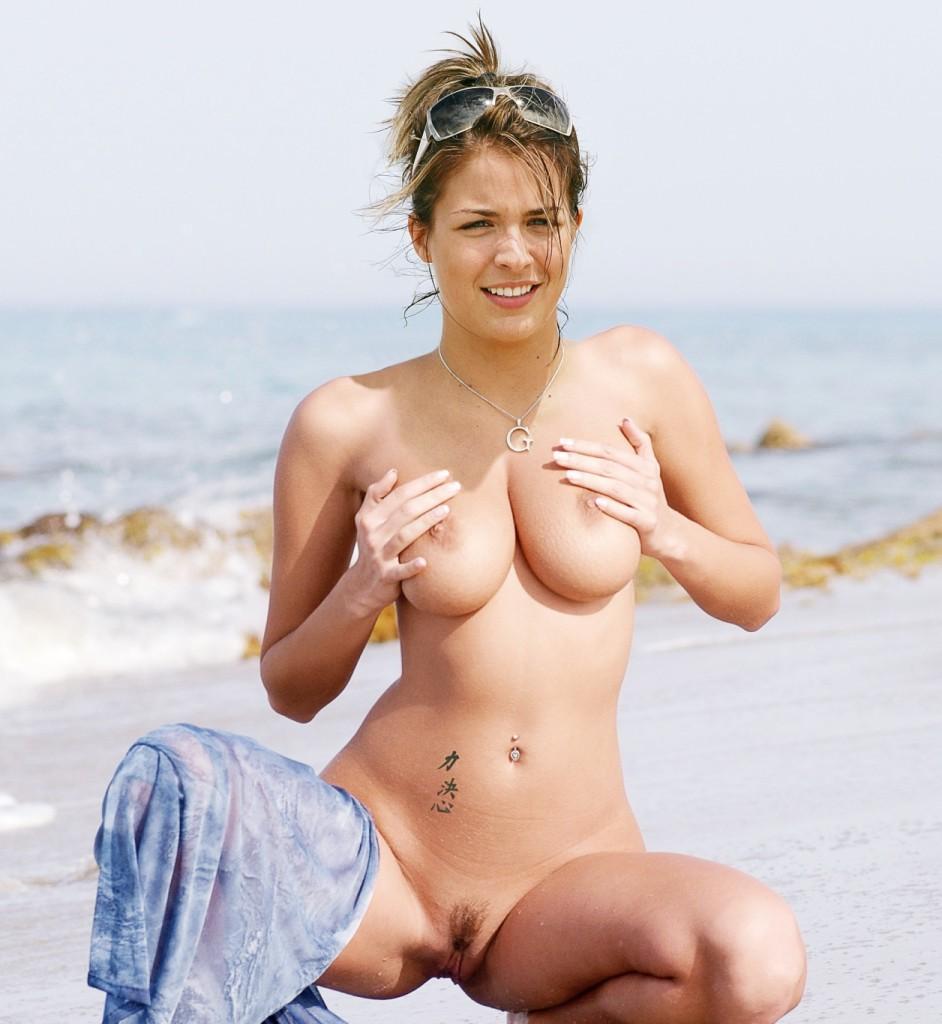 Gemma-Atkinson-Naked-2