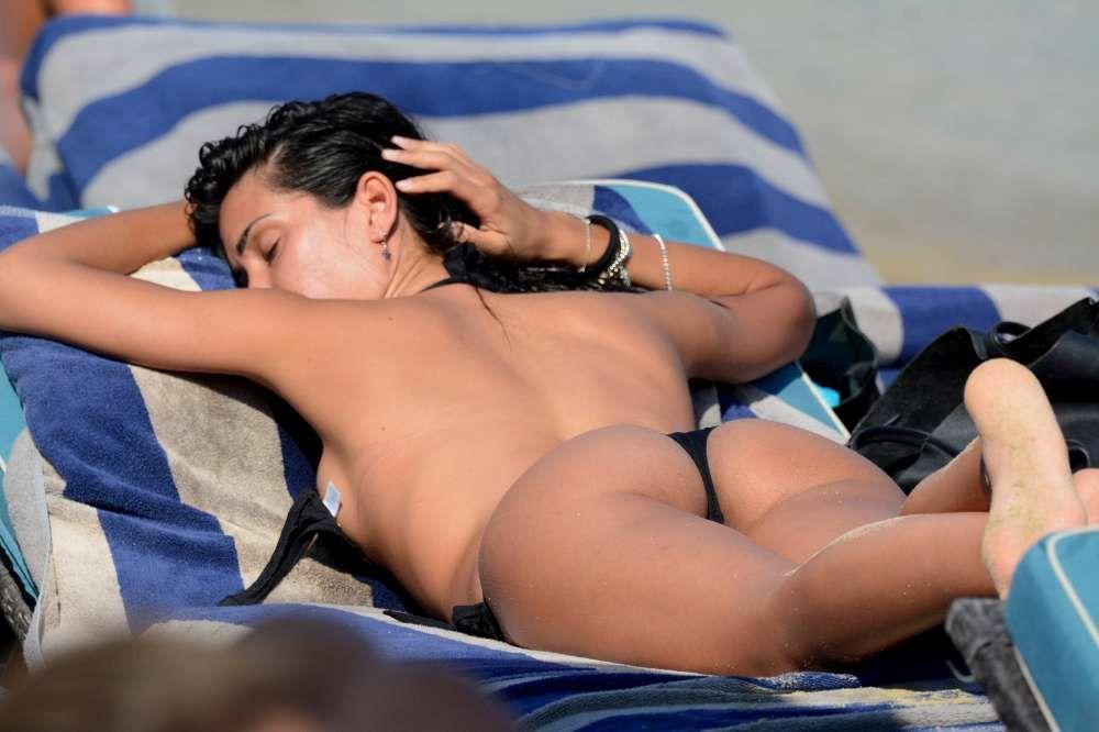 Federica-Nargi-in-Bikini-1